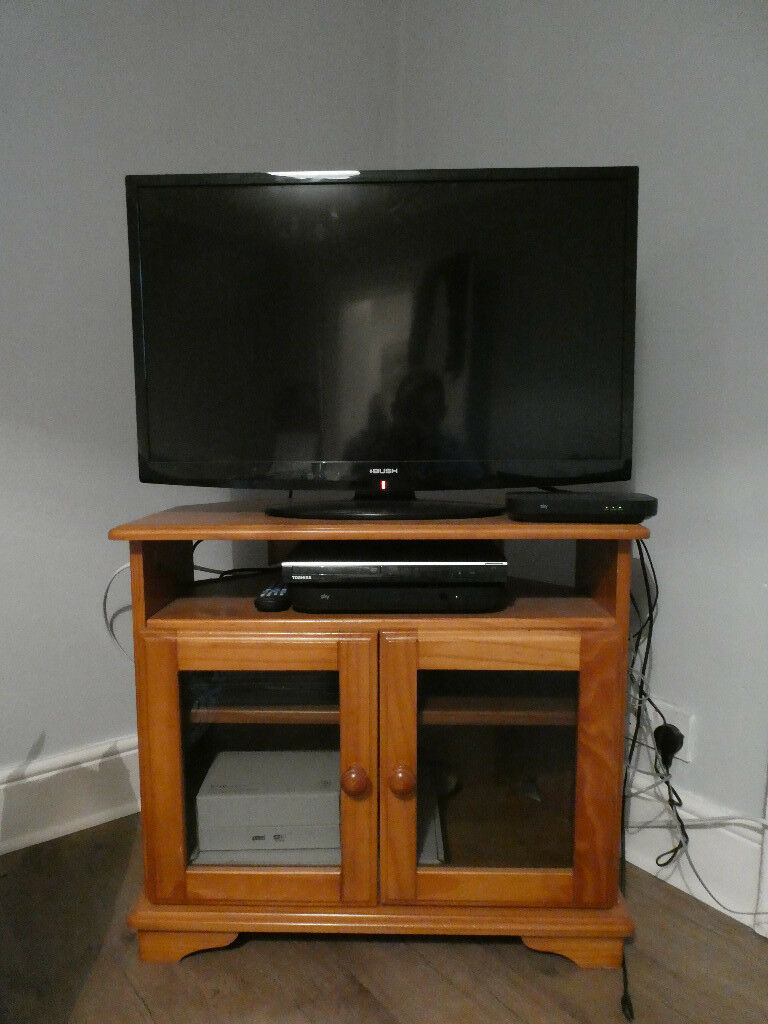 Tv Cabinet with Glass Doors Luxury Tv Stand and Cabinet Pine with Glass Doors In Greenwich London
