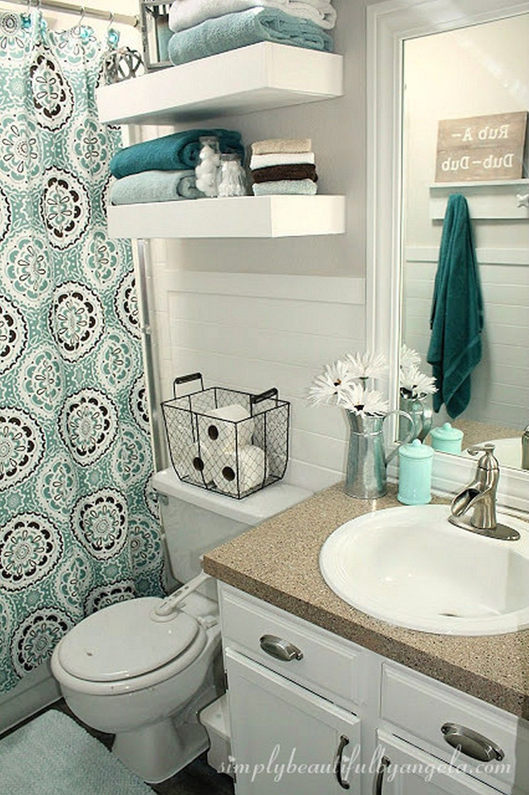 Decorate Small Bathroom Awesome Cozy Small Apartment Decorating Ideas A Bud