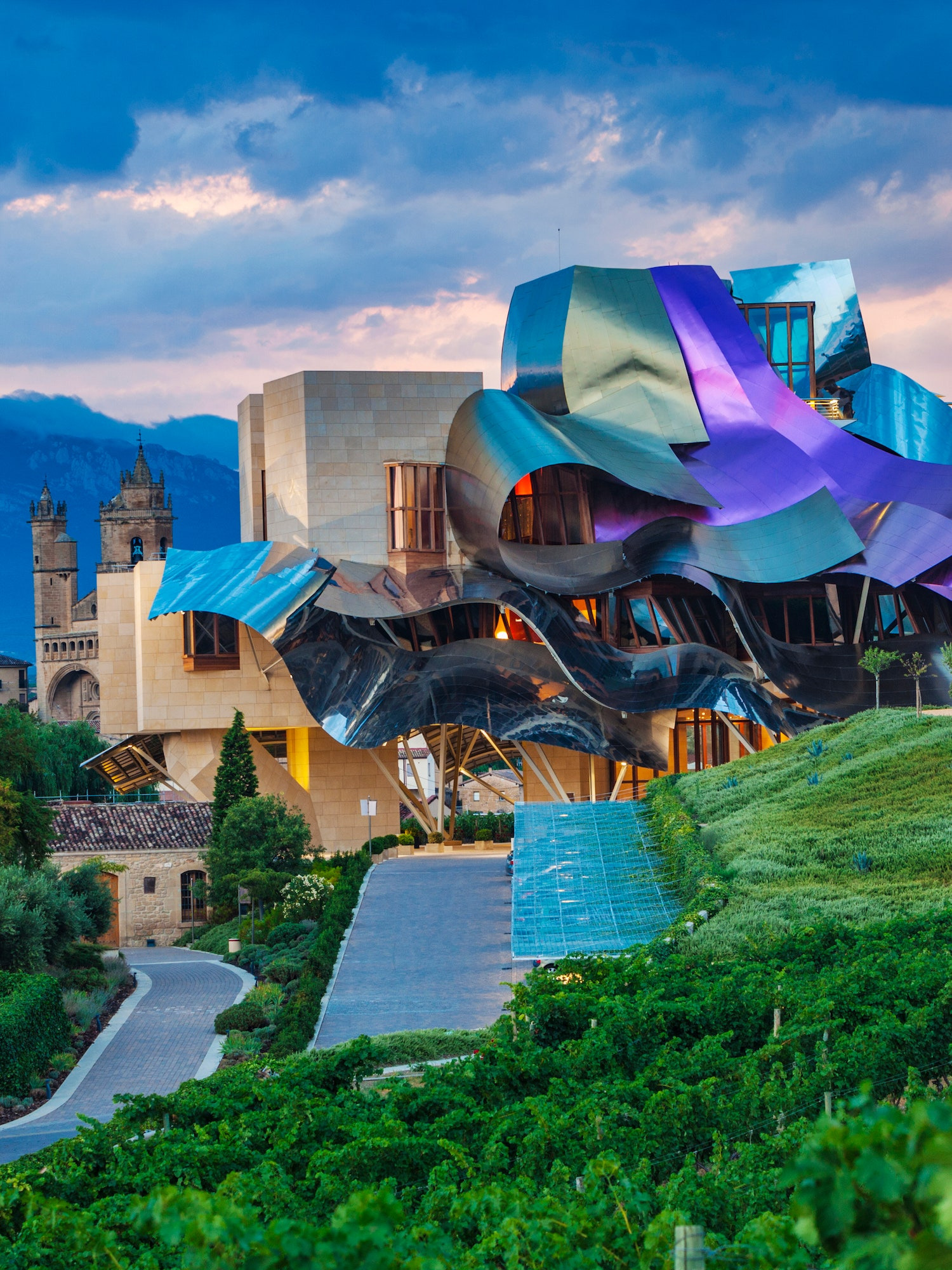 Famous Houses Around the World New Frank Gehry Buildings and Architecture