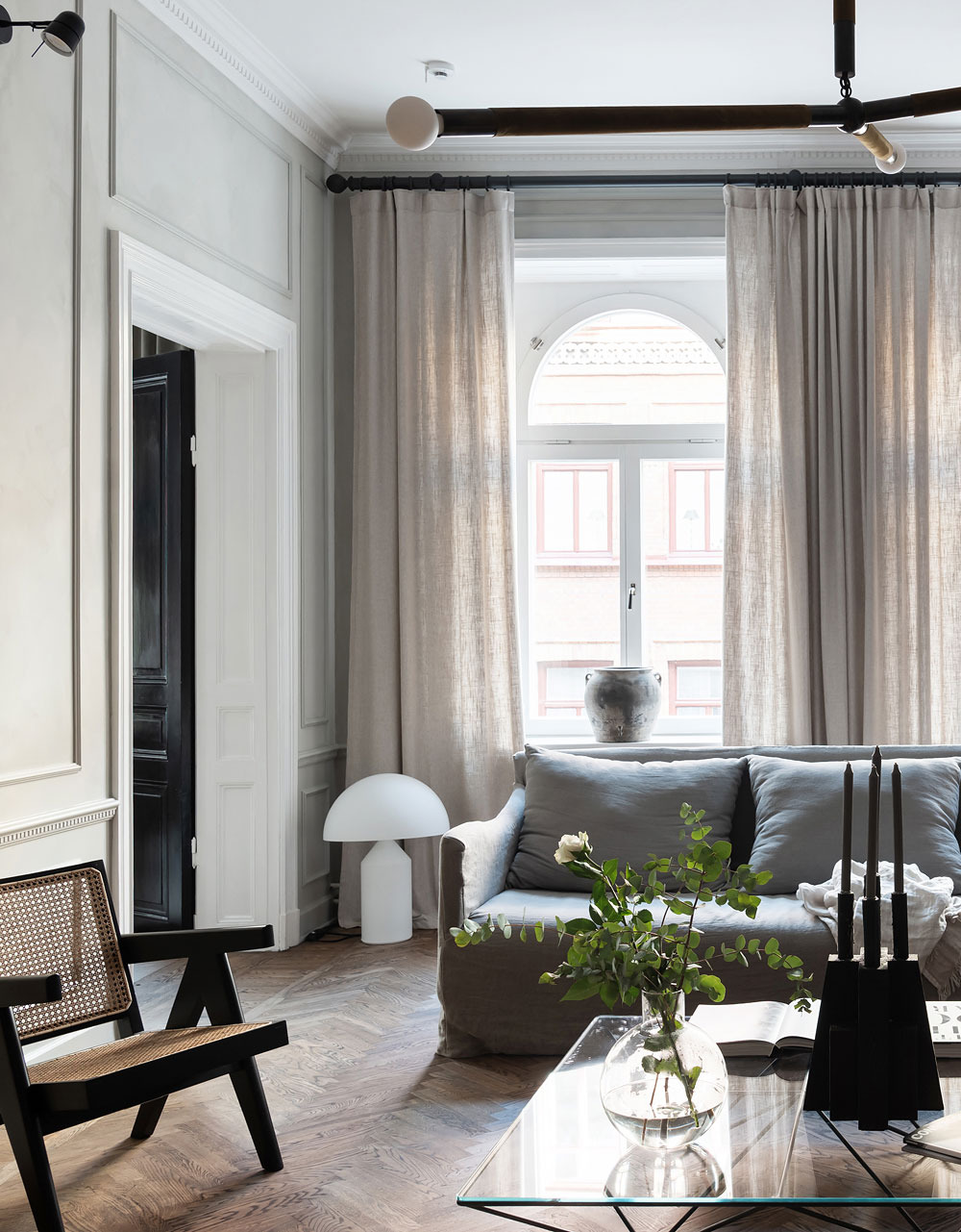 Inside Beautiful Homes Pictures Inspirational Inside A sophisticated and Classically Beautiful Home that