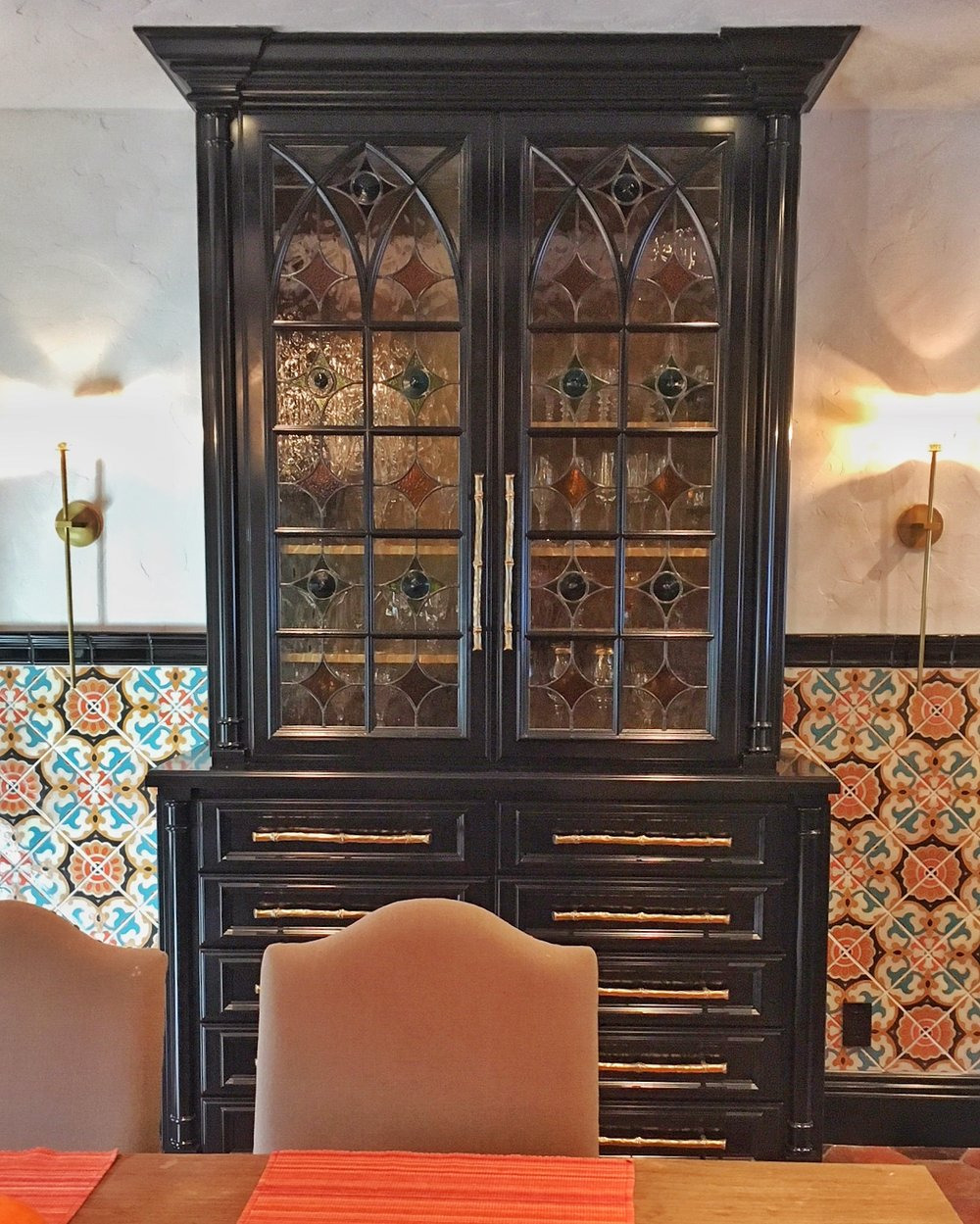 traditional pattern geometric classic design rondel spanish design gothic arched cabinet door leaded glass stained glass legacy glass atherton san jose menlo park san francisco california hutch spanish tile kitchen