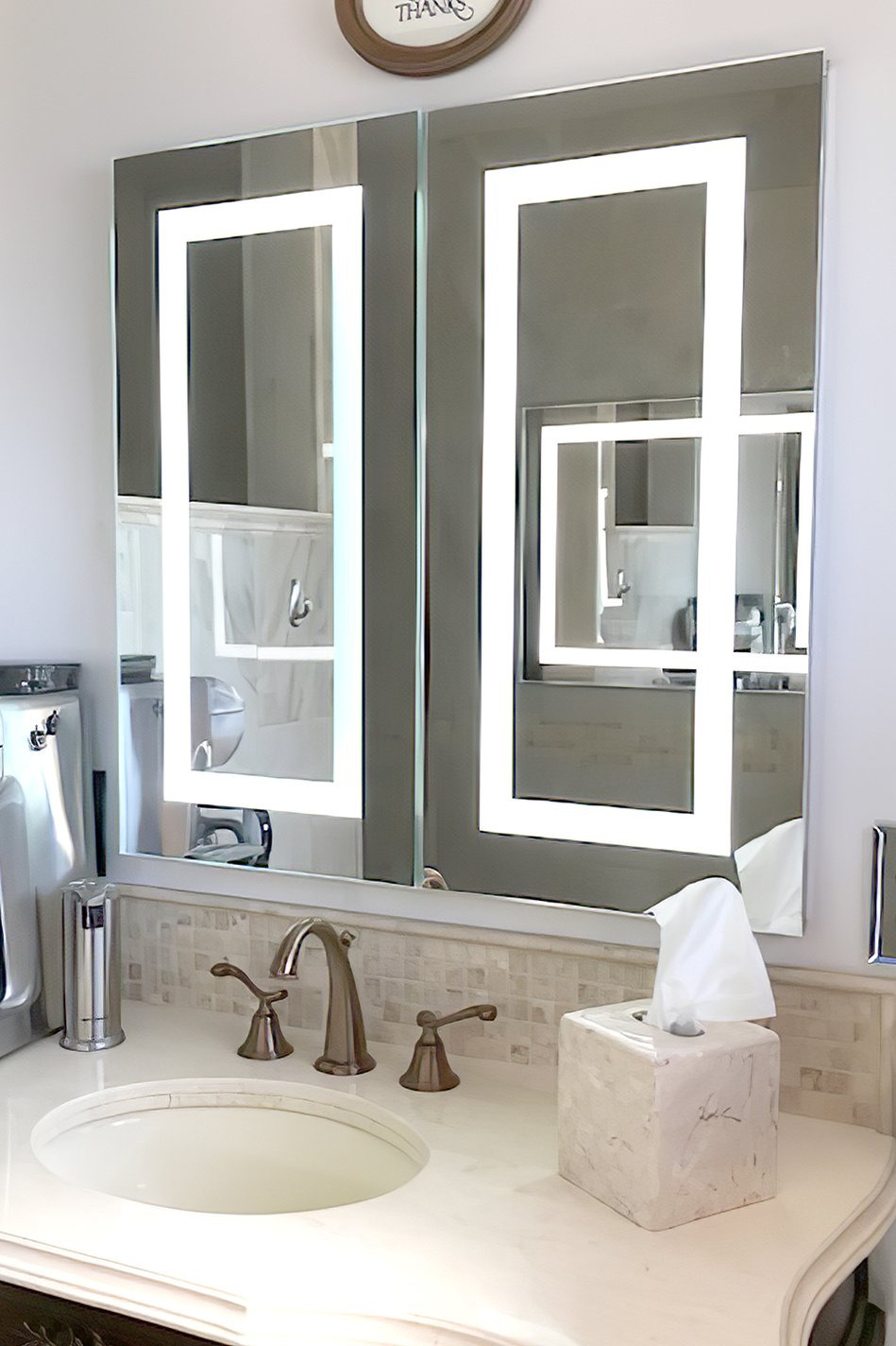 lighted led bathroom mirror medicine cabinet 32 x 32 flush mounted hinged on left and right 6000 kelvin
