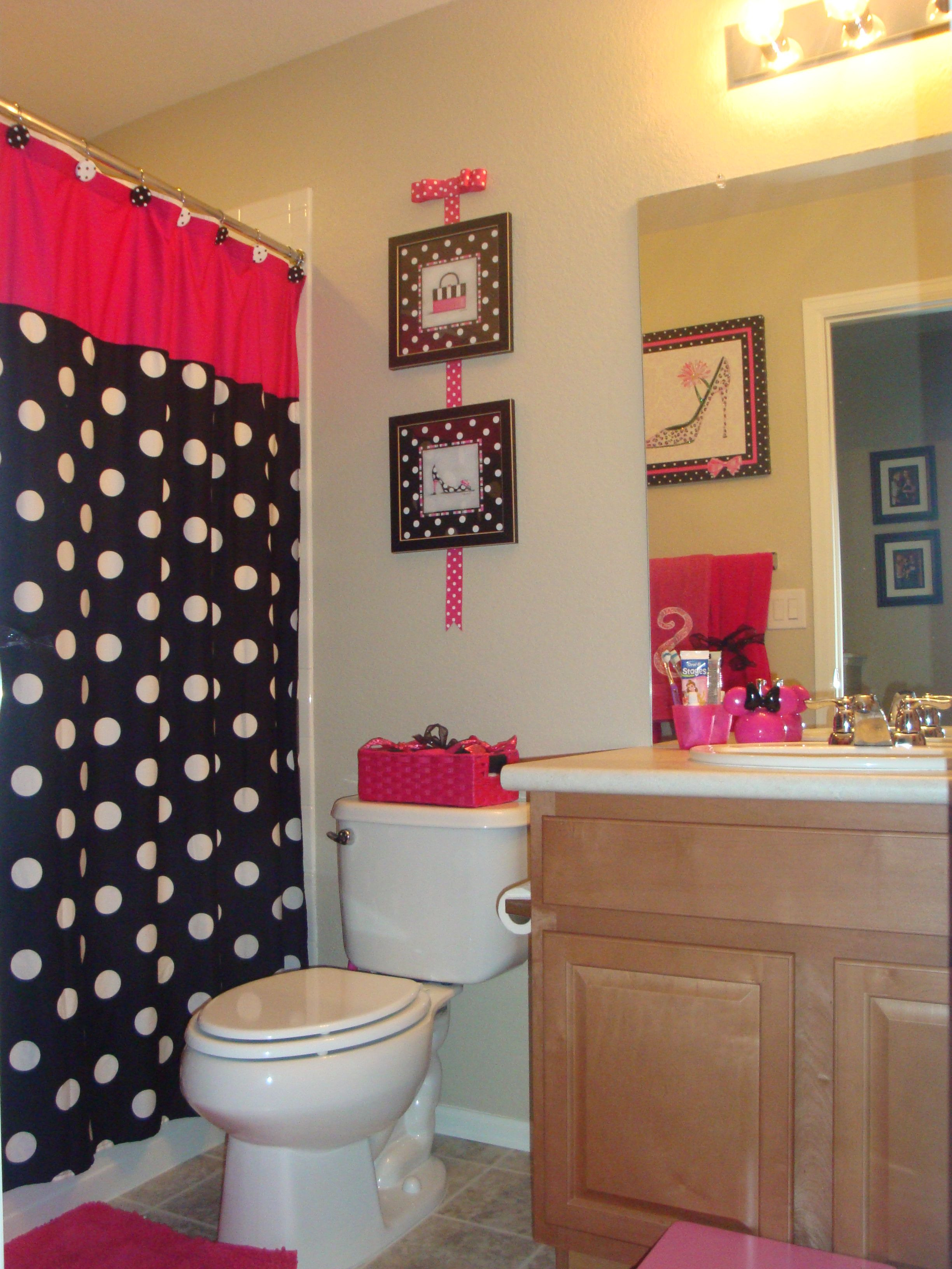 Mickey Mouse Bathroom Decor Elegant My Daughters Minnie Mouse themed Bathroom with Out Going