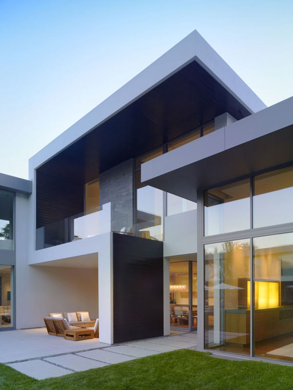 Modern Minimalist House Designs and Architectures Fresh Architecture Minimalist House Design Exterior with Glass