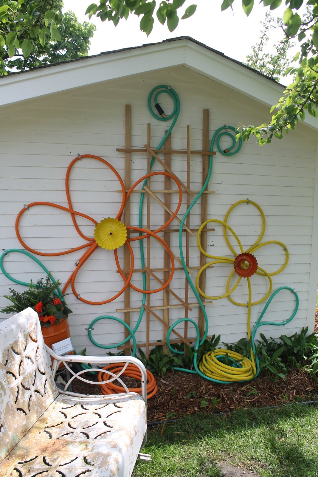 Outer Decoration Of House Elegant How to Beautify Your House – Outdoor Wall Décor Ideas