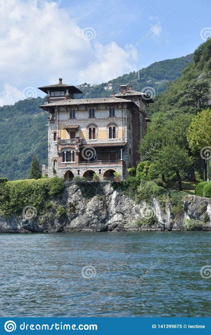 Pics Of Most Beautiful Houses In the World 2021