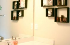 Bathroom Wall Decorating Ideas Awesome Top 10 Elegant Bathroom Wall Decor For Cozy Bathroom Ideas