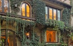 Beautiful Mansions Around The World Elegant Gorgeous Beverly Hills Mansion Going To Auction