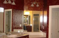 Burgundy Bathroom Decor Beautiful Burgundy And Gold And White Room Decorating