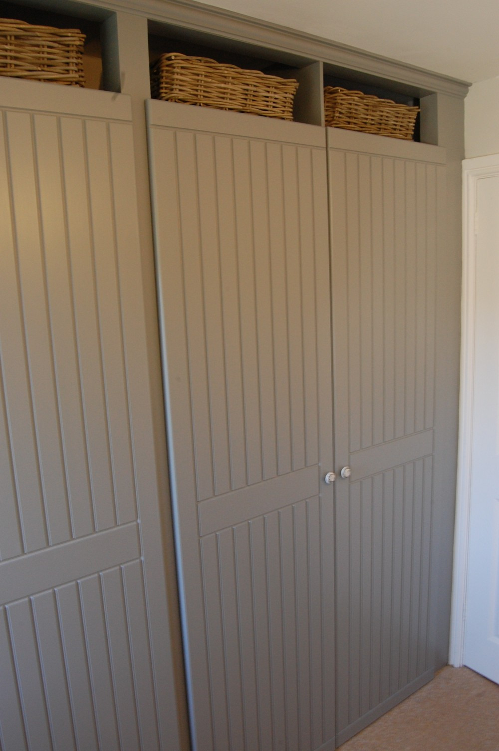 bespoke fitted wardrobe doors style clover cottage 40 60 split door 2