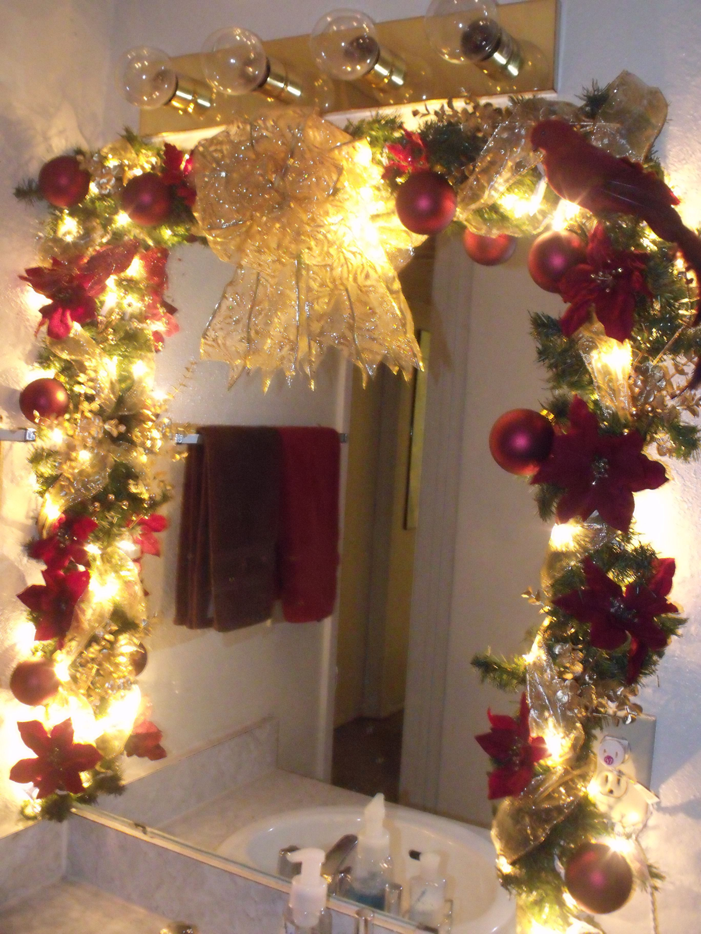 Christmas Decorations for the Bathroom Awesome Poinsettia Mirror Garland for the Bathroom