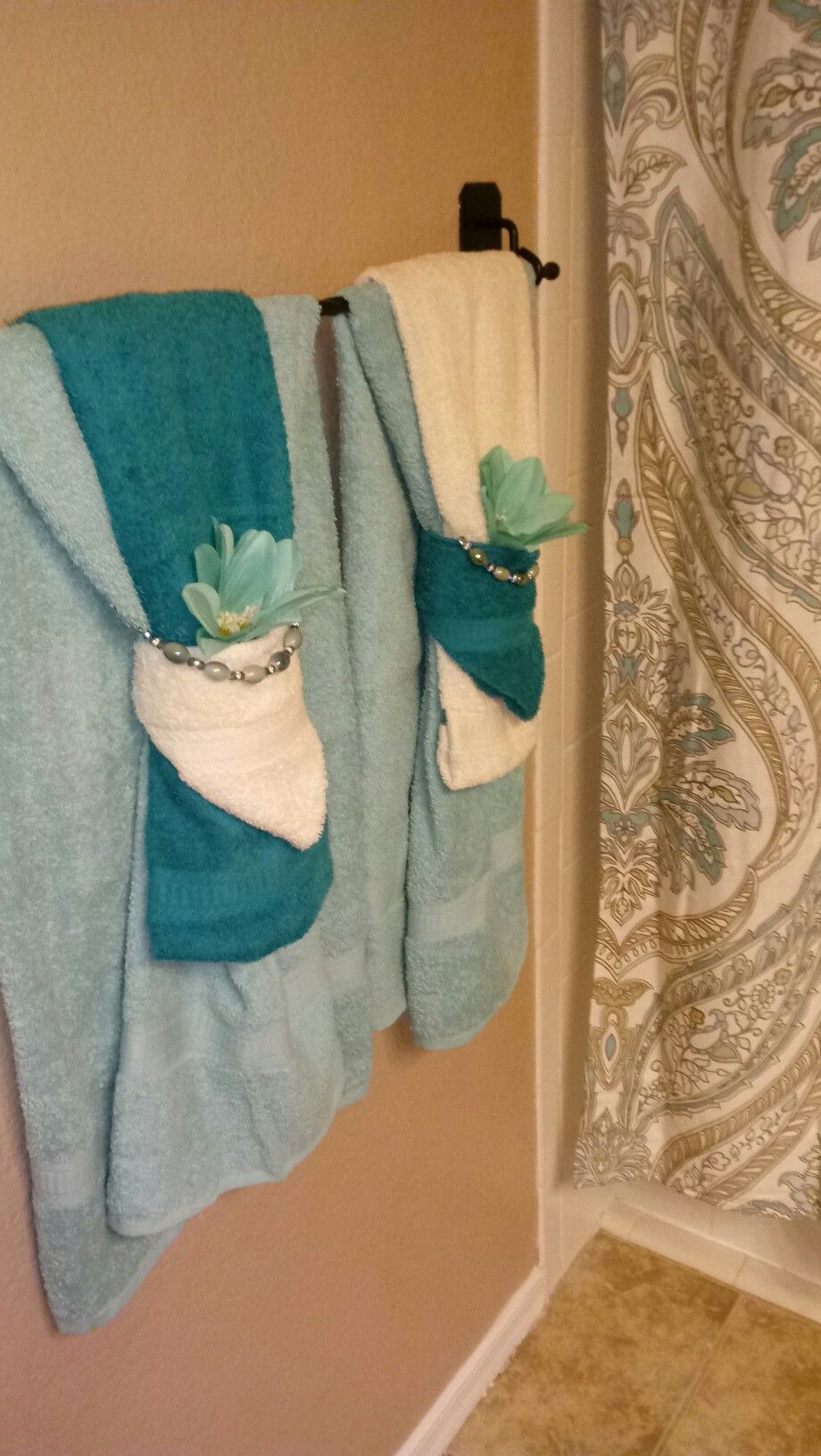 How to Decorate Bathroom towels Fresh to Do In Bathrooms