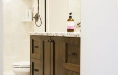 How To Decorate Bathroom Walls New How To Decorate A Bathroom Without Clutter