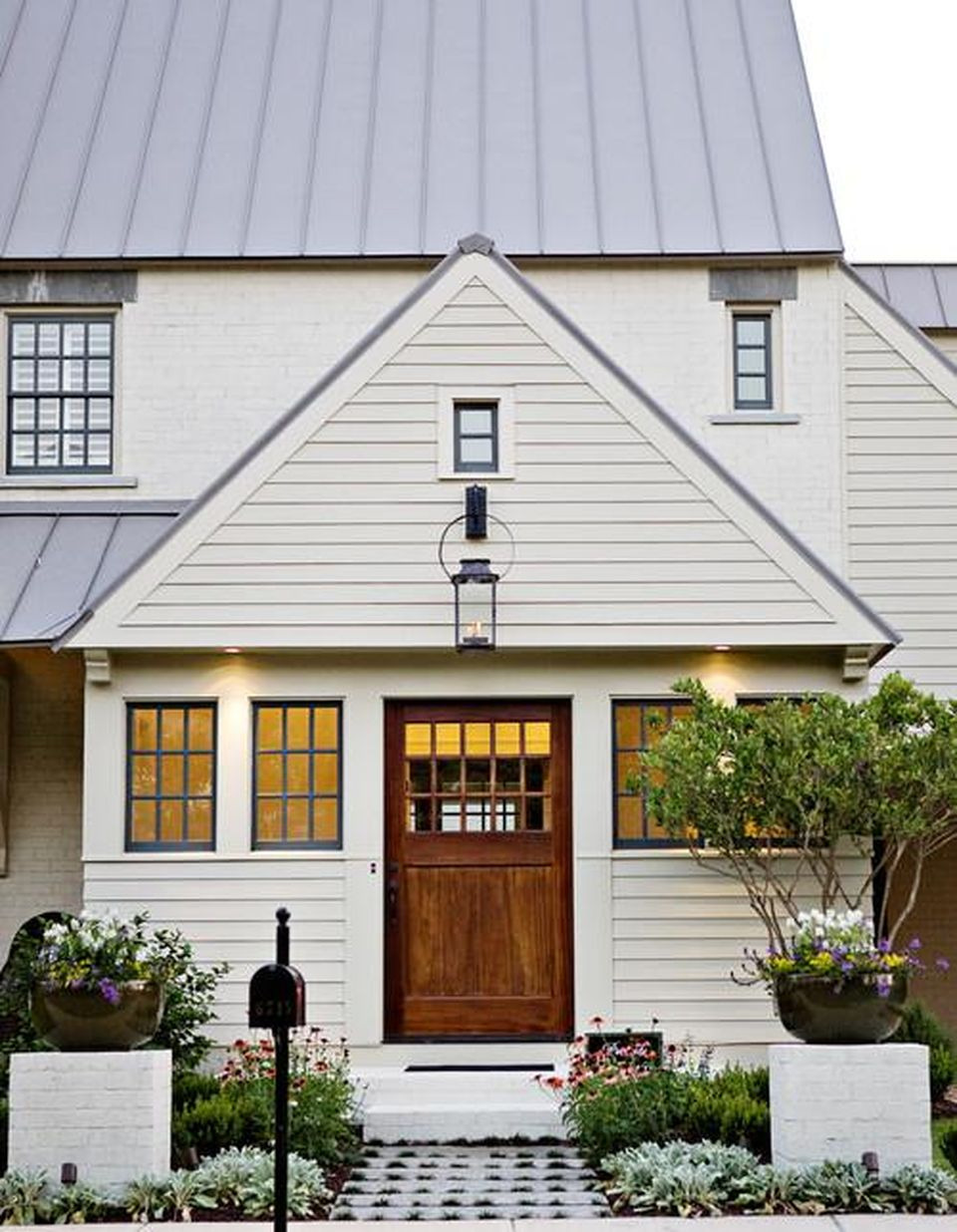 s blogs imagesrbes houzz files 2014 10 traditional exterior