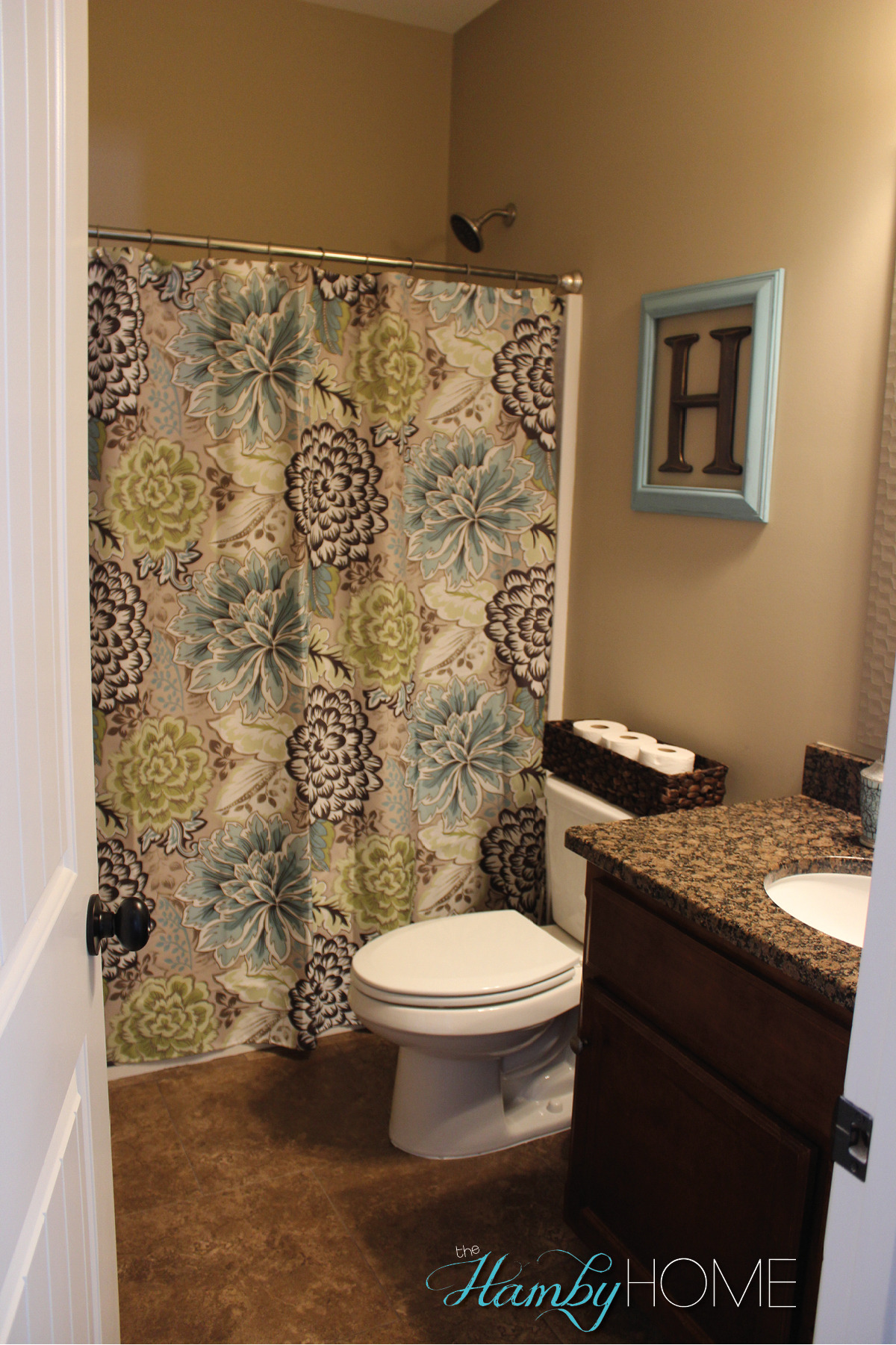 guest bathroom tourv3