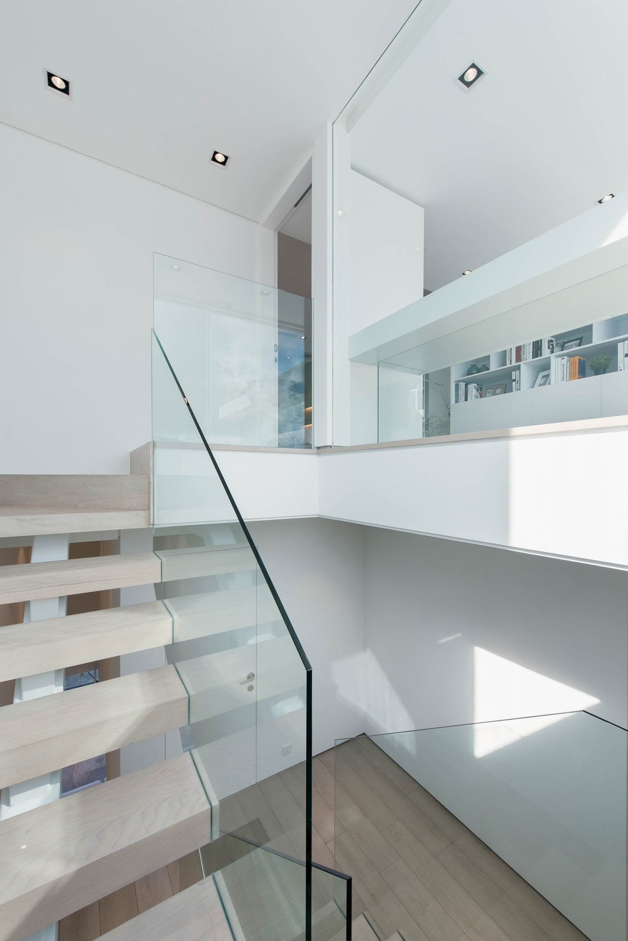 Modern Minimalist House Design with an Admirable Decorating Ideas on Architecture Beast 09