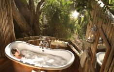 Safari Bathroom Decor Elegant 10 Eye Catching Tropical Bathroom Décor Ideas That Will