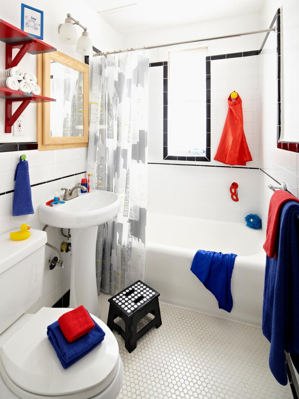 Colored Spiderman Bathroom Set