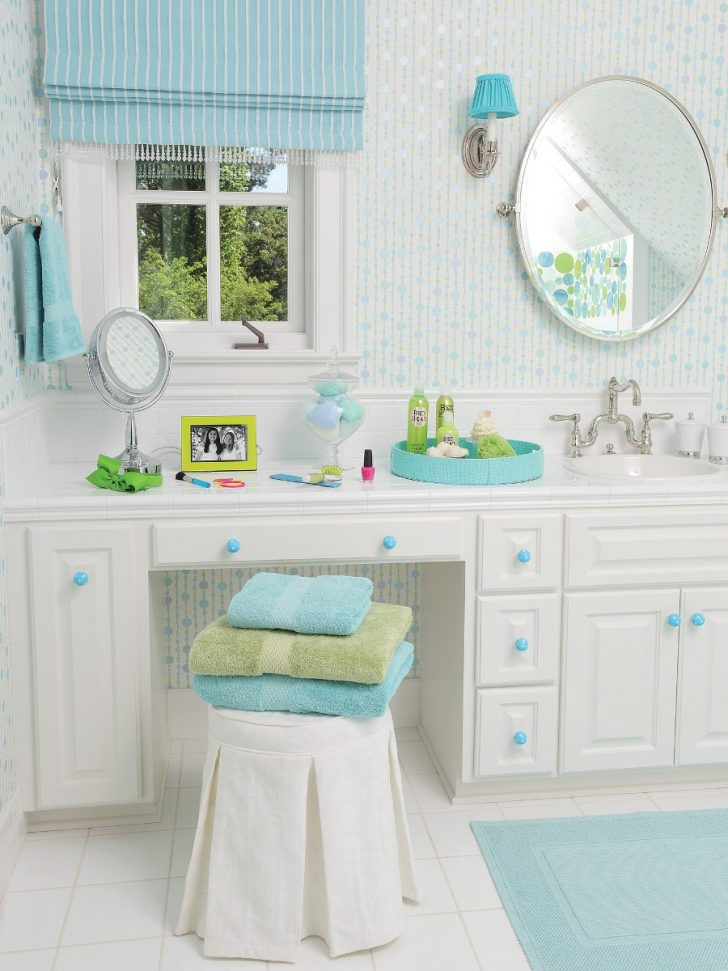 Turquoise Bathroom Decorating Ideas 2020