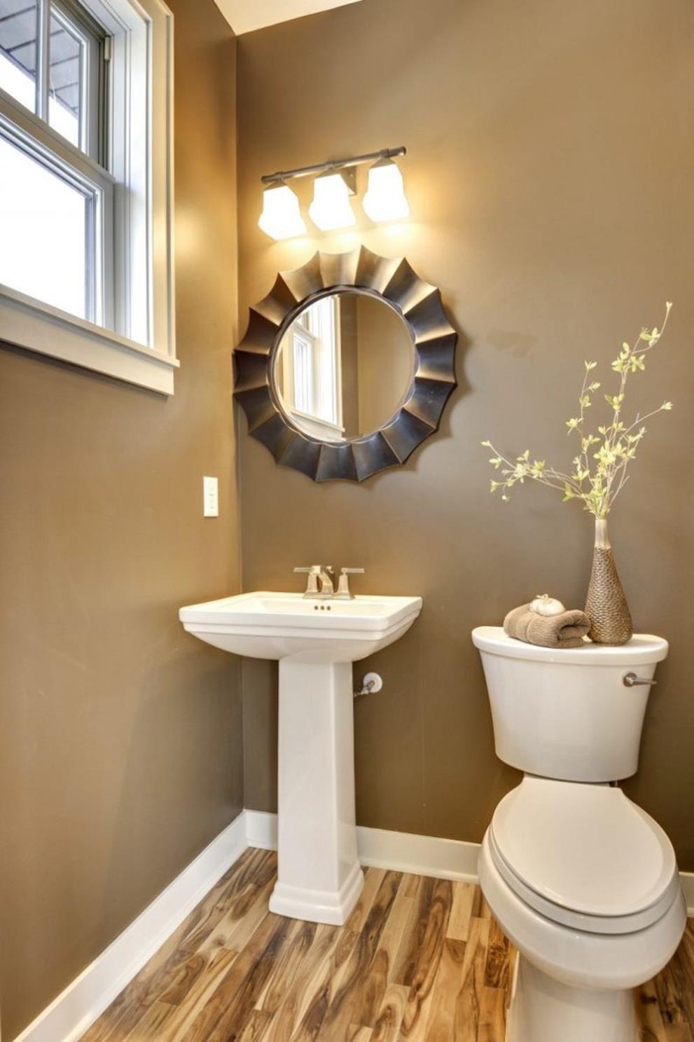 Apartment Bathroom Decorating Ideas A Bud 27