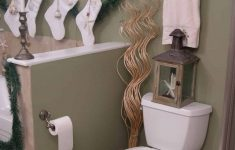 Bathroom Decorating Sets Awesome 21 Awesomely Unexpected Christmas Bathroom Decorations To