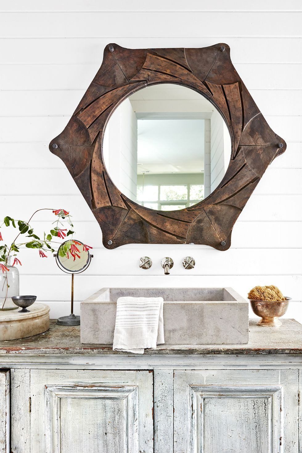 bathroom decor ideas mirror