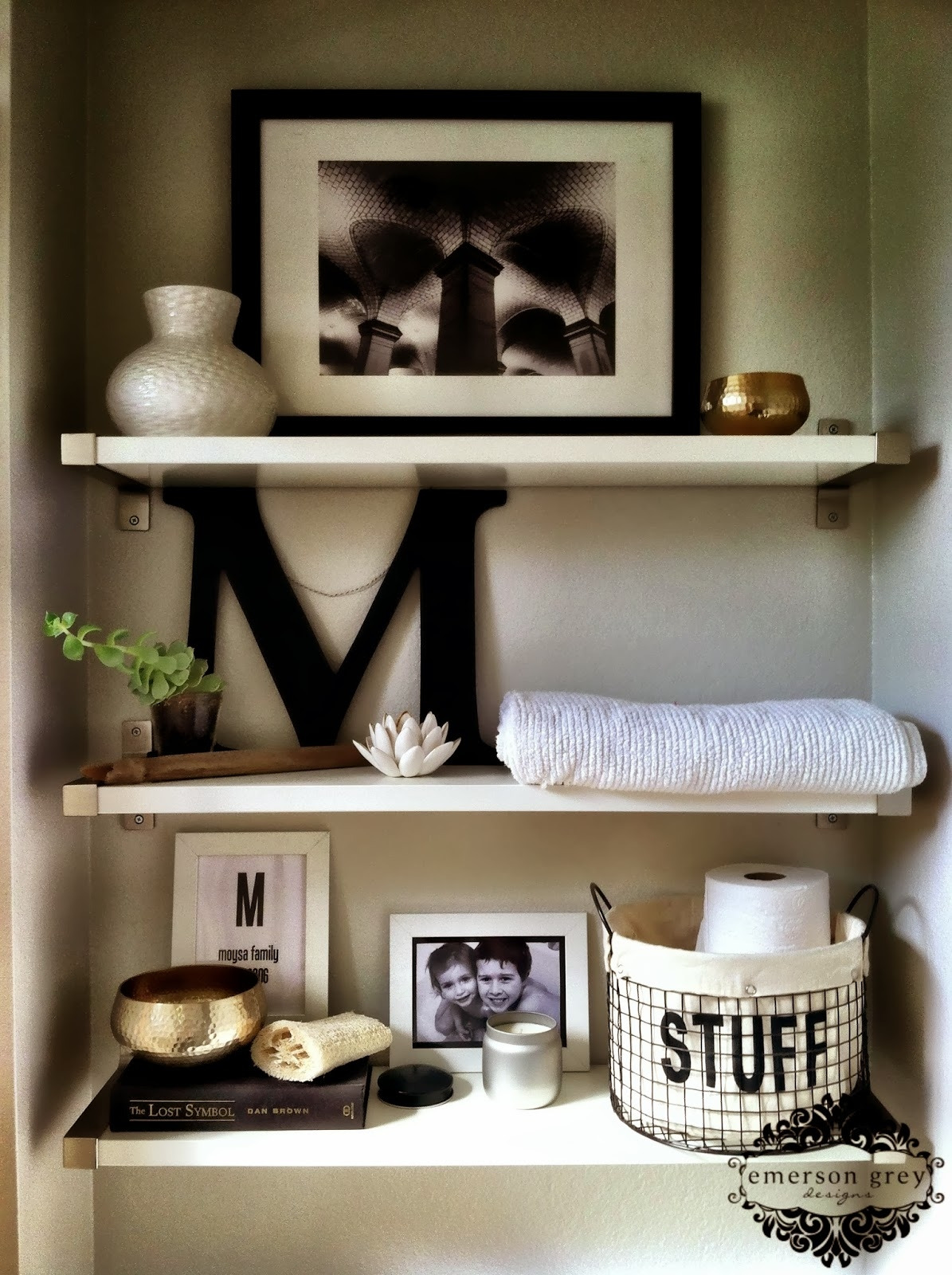 ways decorate bathroom shelvesbathrooms should be creatively decorated towels functionally