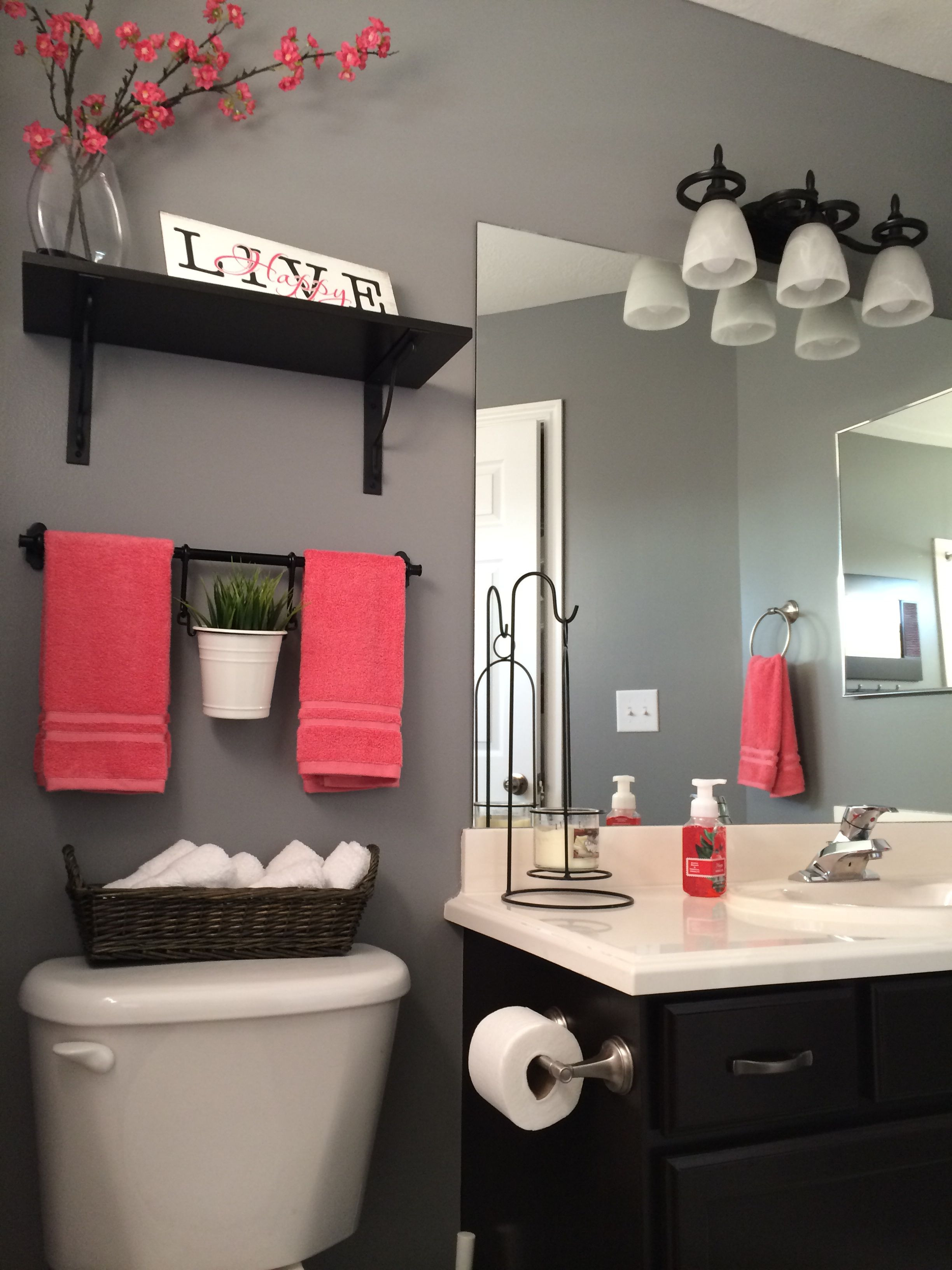 Red Bathroom Wall Decor New Love the Colors Adorable someday