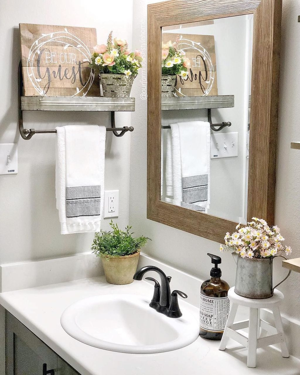 Bathroom Decorating Pictures Awesome 44 Perfect Spring Bathroom Decorating Ideas