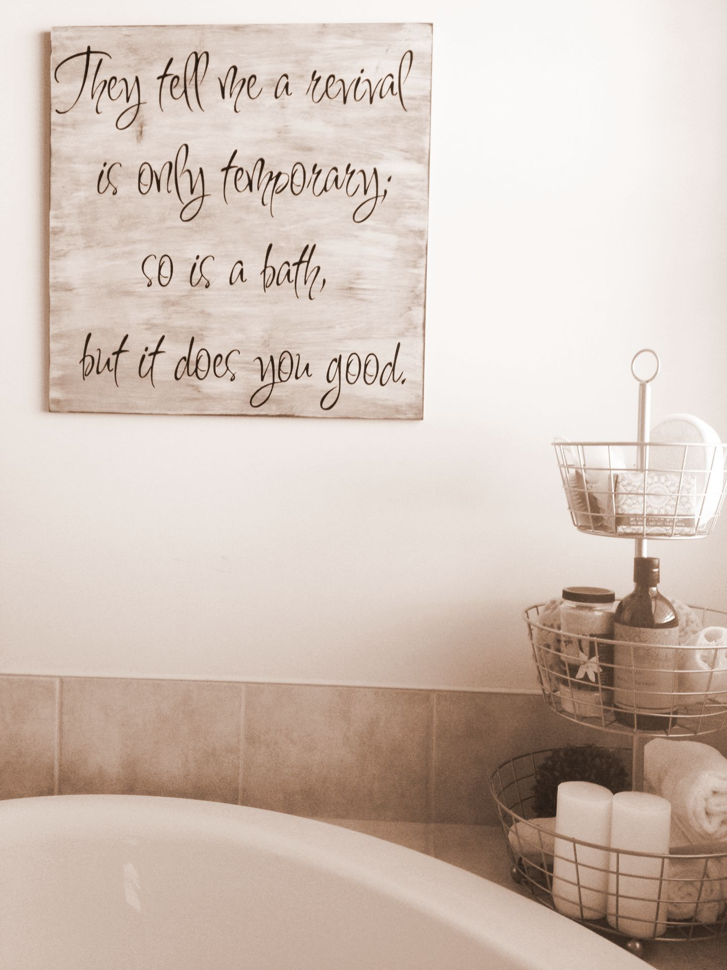 wall decor bathroom
