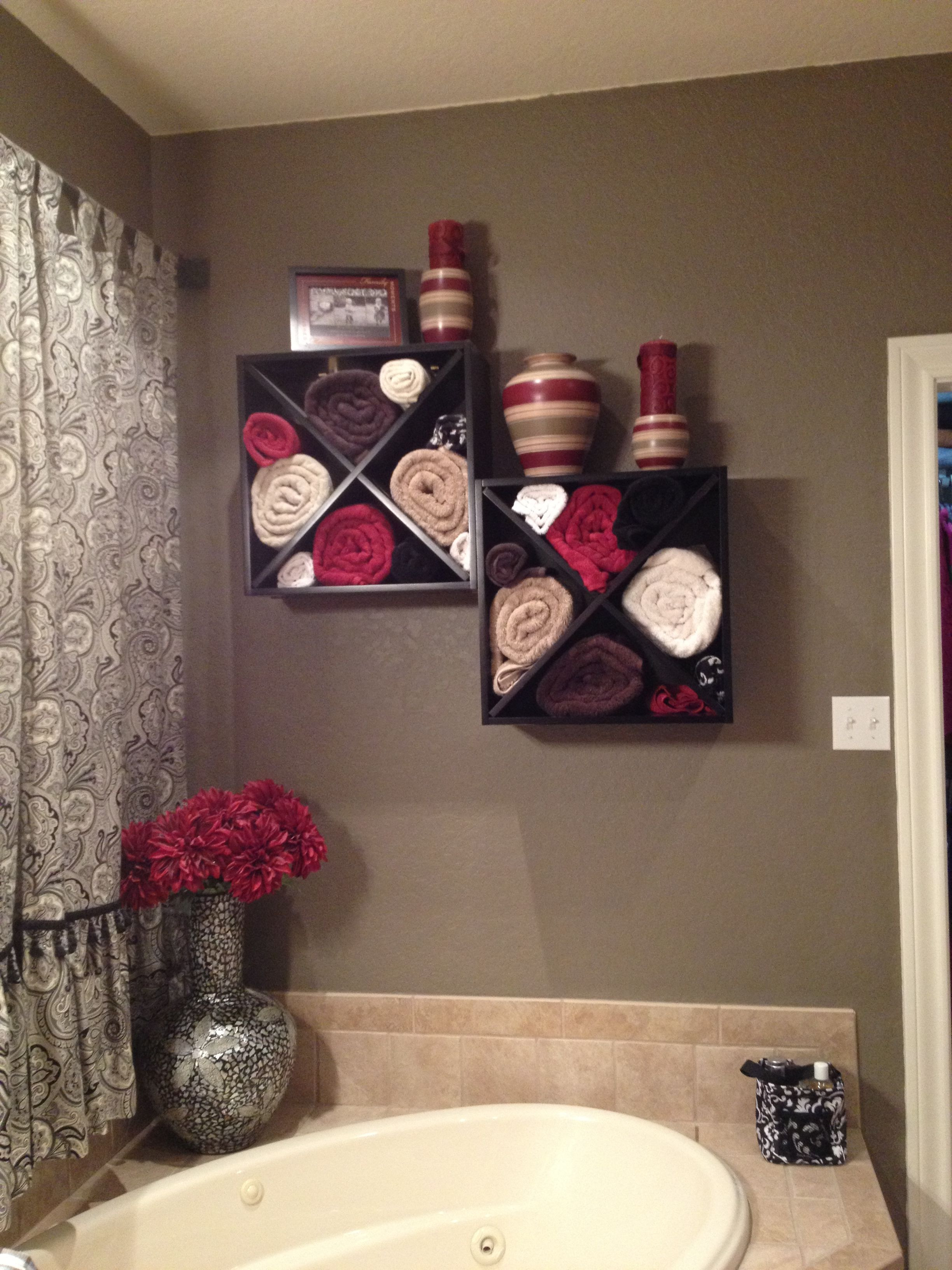 Bathroom towel Rack Decorating Ideas Unique Wine Rack Mounted to the Wall Over A Large Garden Tub Great