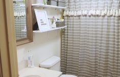 Cheap Ways To Decorate A Bathroom Inspirational How To Decorate A Rental Bathroom