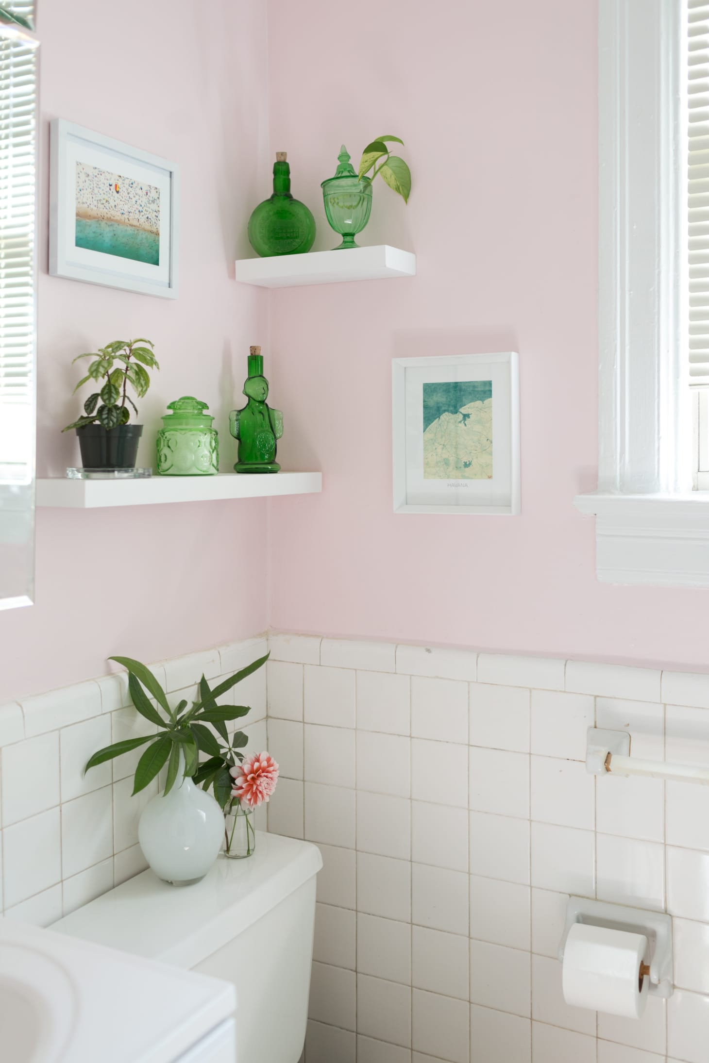 Decor Ideas for Small Bathrooms Beautiful 50 Best Small Bathroom Decorating Ideas Tiny Bathroom