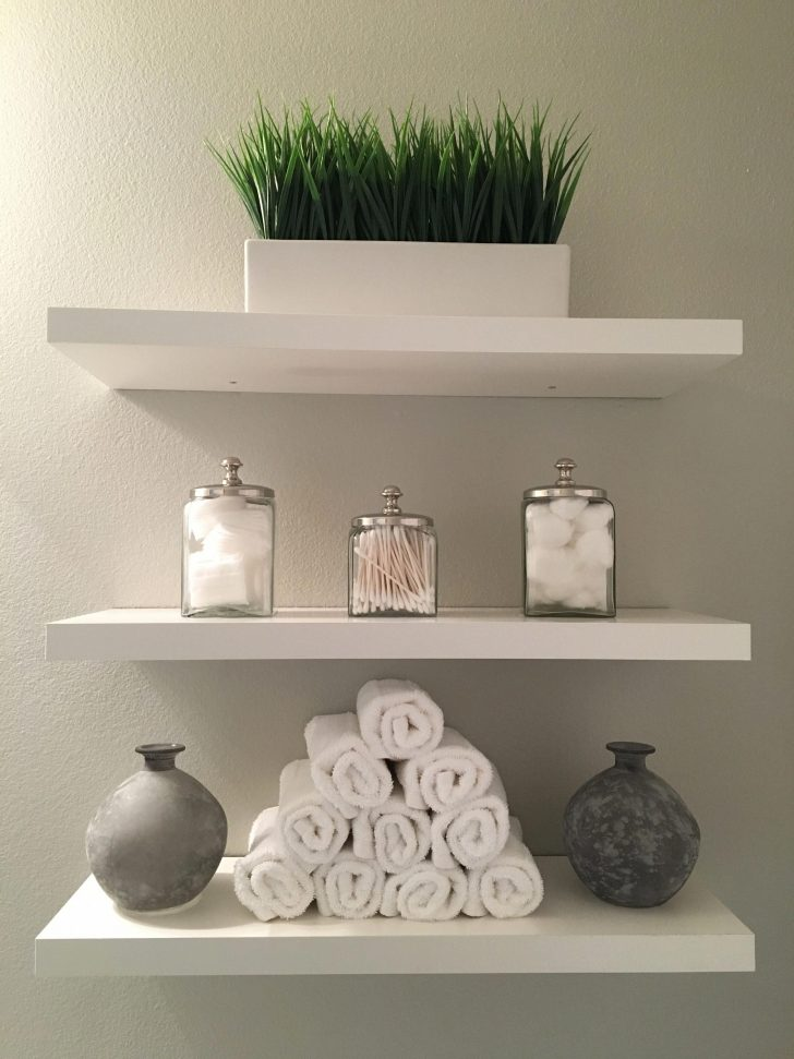 Decorating Ideas for Bathroom Shelves 2021