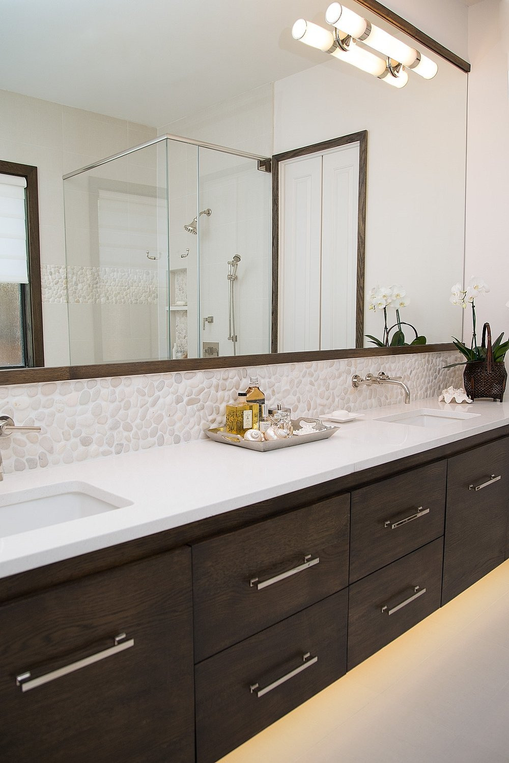 Decorative Mirrors for Bathroom Vanity Awesome 11 Creative Ways to Make A Small Bathroom Look Bigger — Designed
