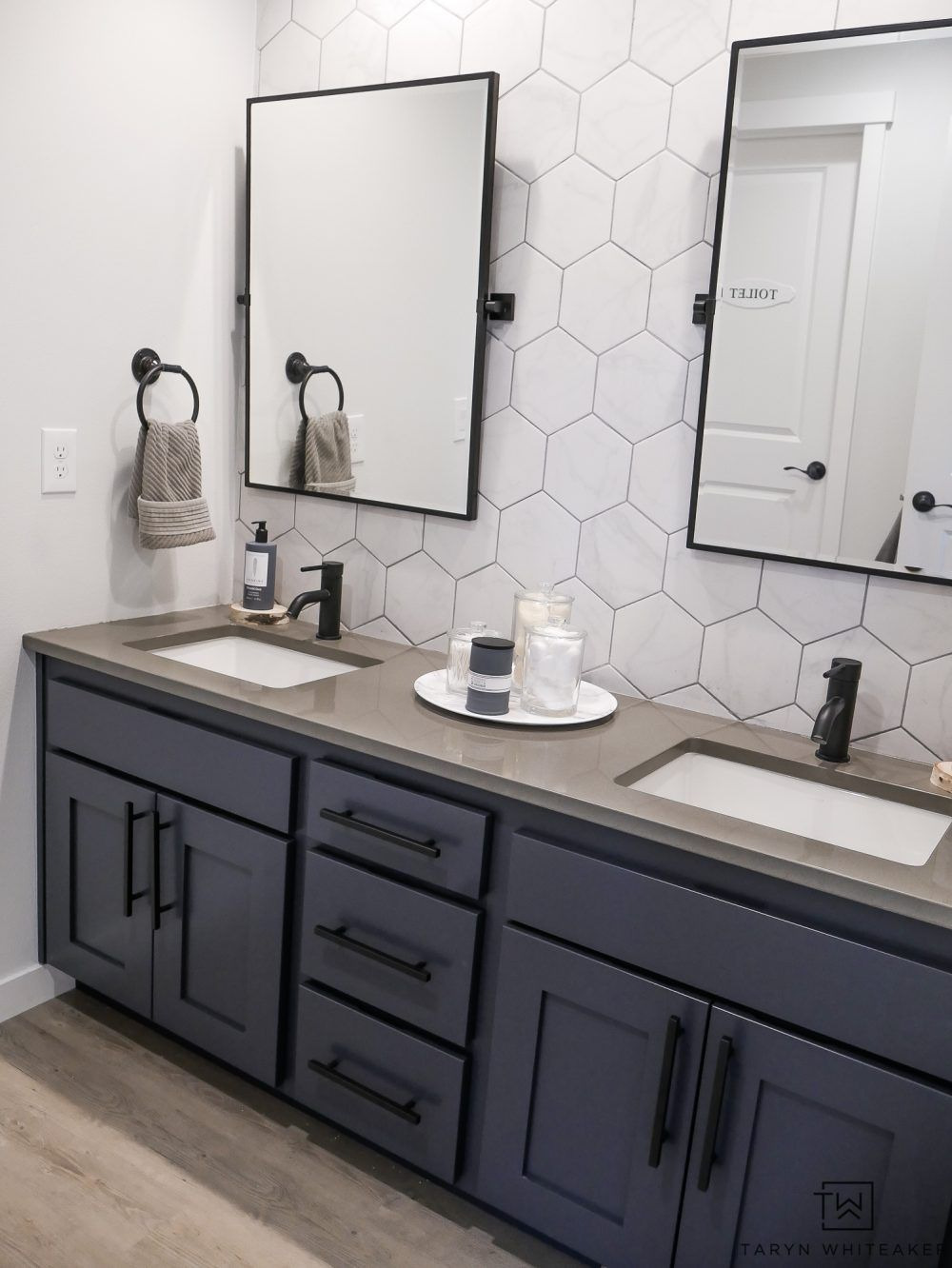 Double Sink Bathroom Decorating Ideas Awesome Double Sink Bathroom Vanity Makeover