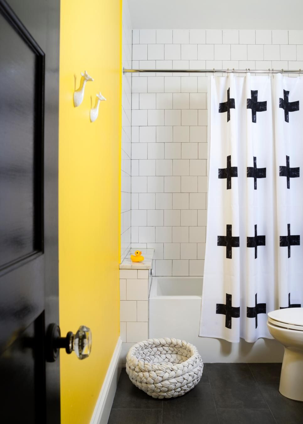 Yellow wall bathroom decor