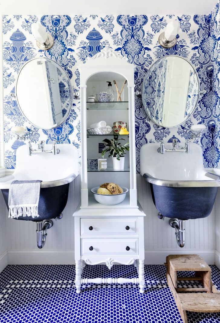 Toile Bathroom Decor 2020